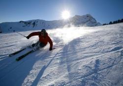 (Lokal MUC) Ski-Opening am 12.12. in St. Johann: Busfahrt + kleines Frühstück + Skipass für 22 € (Normal 43 €) @ Travelzoo Deals