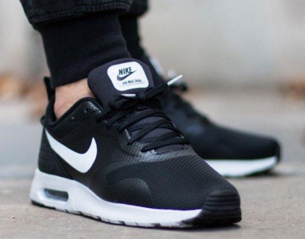 {Runnerspoint} Nike Air Max Tavas - versch. Farben/ Größen - für 67,43 € / 74,93 € (+ 4 % qipu) @Black Friday
