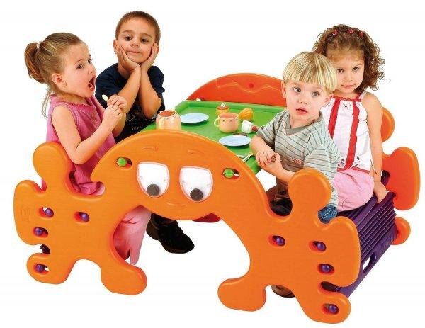 [amazon.it] Feber 800002895 Kleinkinder Picknicktisch/Wippe 2 in 1 für 50,85€ incl.Versand nach Deutschland!