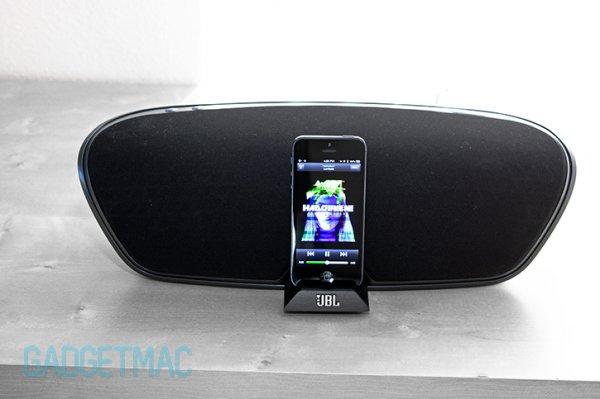 JBL OnBeat Venue LT - Soundsystem für iPad/iPod/iPhone mit Lightning Connector @Black Friday