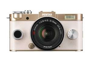 Pentax Q-S1 Kit 5-15 mm (gold) für 224,99€ bei Amazon.fr Black Friday
