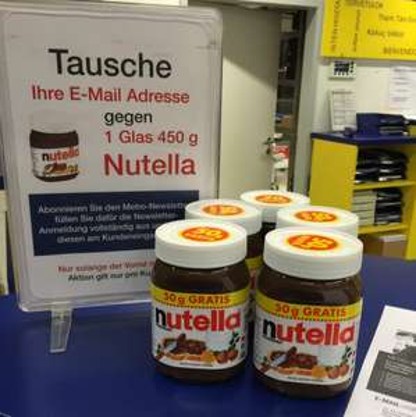 Nutella gegen deine Email (lokal metro riederwald)
