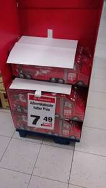 [Würzburg]z.B CocaCola Adventskalender 7,49€, alle anderen Adventskalender um 50% reduziert.