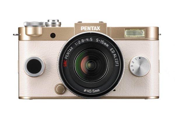 [Amazon.fr] Pentax Q-S1 (12 MP, 7,6 cm (3 Zoll) HD-LCD-Display, bildstabilisiert, DRII Dust Removal System, Full-HD-Video, HDMI) Kit inkl. 5-15 mm Objektiv für 203,33 €