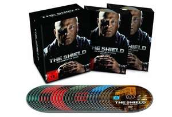 (amazon.de) The Shield - Die Komplette Serie (28 DVD´s) für 34,97€
