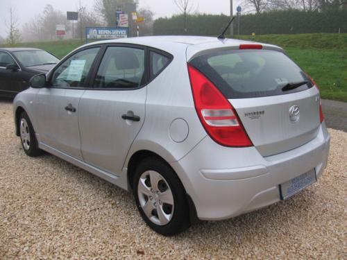 [Lokal] Hyundai i30 mit Klima und RCD für 10.990 € @Autohaus Voss 48720 Rosendahl Darfeld