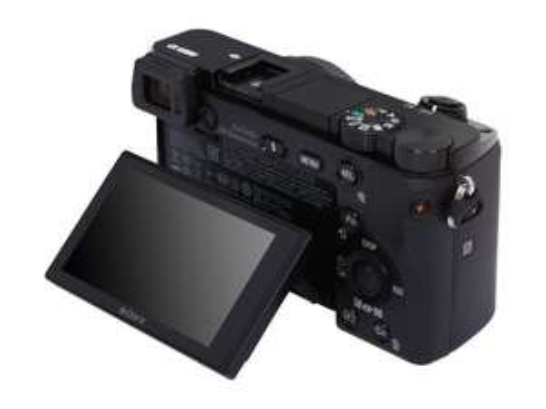 Sony Alpha 6000 Schwarz €399 (Nur Body)