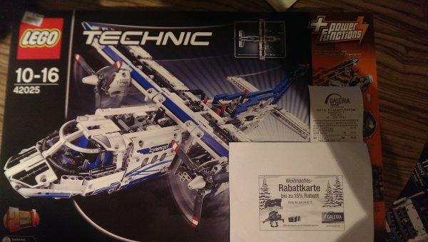 Lego Frachtflugzeug 42025