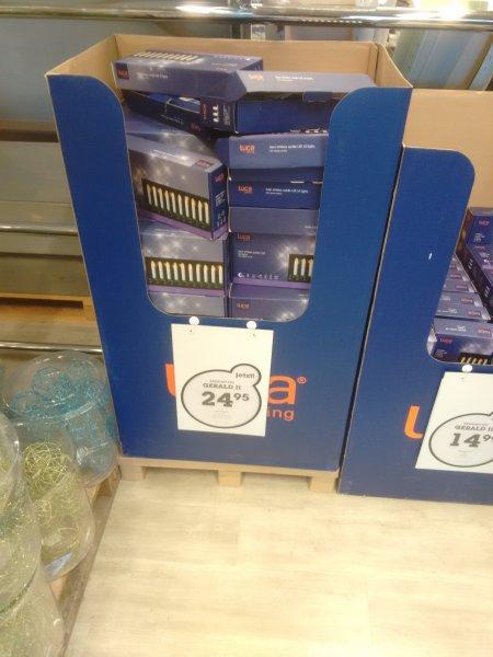 [Offline] Mömax 70% auf Weihnachtsartikel - 10 Drahtlose LED Weihnachtsbaumlichter für 7,50 €