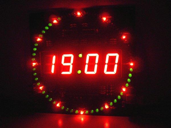 [Aliexpress] DIY Baukasten für Led Uhr inkl. Wecker, Temperatur und Datumsanzeige für 5,80€