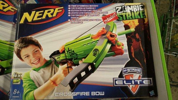 (Lokal) Marktkauf Hof - Nerf Zombie Strike Crossfire Bow 12€ und Nerf N-Strike Elite Mega Magnus 8€