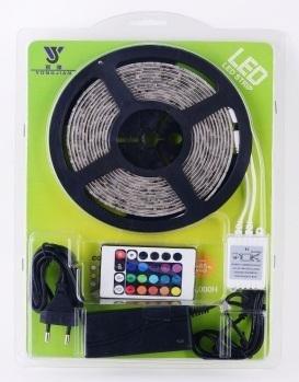 LED RGB Stripe / Lichtband 5m, 30 LED Typ 5050 www.d-living.de