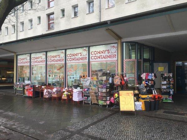 """Räumungsverkauf bei Connys Container in Potsdam """"AM KANAL"""" regional"""