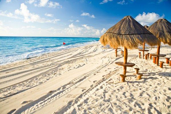 Für Kurzentschlossene: Non-Stop von London nach Cancun und zurück für ~ 293€ [19.01. - 02.02. oder 20.01. - 03.02.]