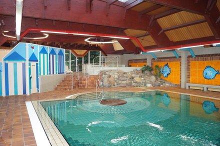"""Wellness-Hotel """"Savoy Hotel Bad Mergentheim"""" für 49 € pro DZ (=24,50€ p.P.) + 2,70€ Kurtaxe p.P./Tag inkl. Sauna & Co. - Ideal zum Valentinstatg [Qipu möglich]"""