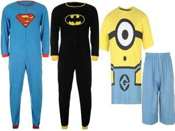 [Sportsdirect] Verschiedene Overalls/ Kostüme ab 3,90 € (Superman, Batman, StarWars, Minions usw.)
