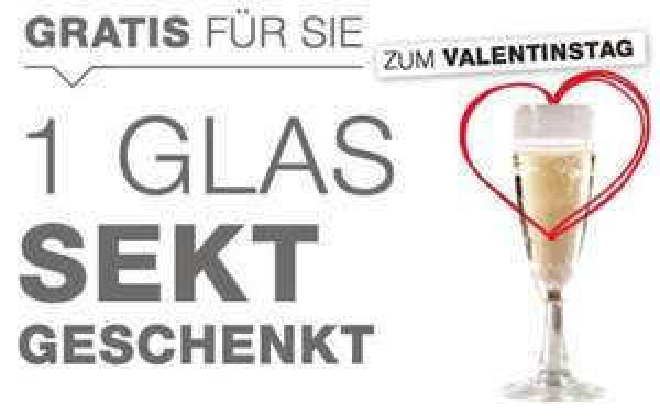 1 Glas Sekt gratis bei XXXL Möbelhäusern