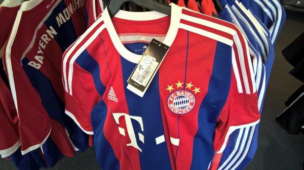 [lokal] FC Bayern München Replica Trikot Heim Adidas alle Größen