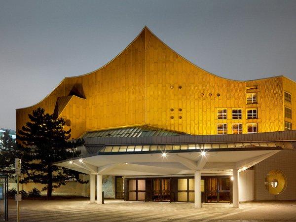 3 Berliner Spitzenorchester spielen für Flüchtlinge und Helfer in der Berliner Philharmonie