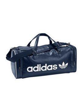Adidas Adicolor Teambag blau oder schwarz für 40,94 bzw. 35,94 bei Otto (für Neukunden)