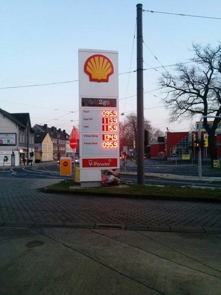 [LOKAL WITTEN] Shell V-Power Diesel für 95Cent der Liter