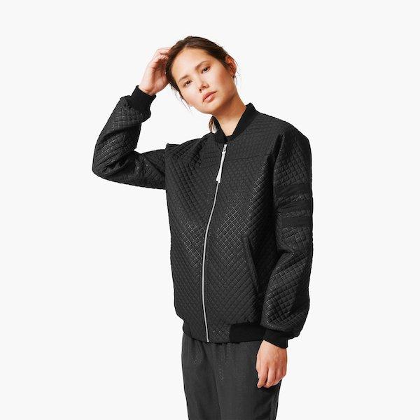 Adidas Quilted Bomber Jacket Women Gr. 34 oder 36 für 68,50 € @ Mate-Store