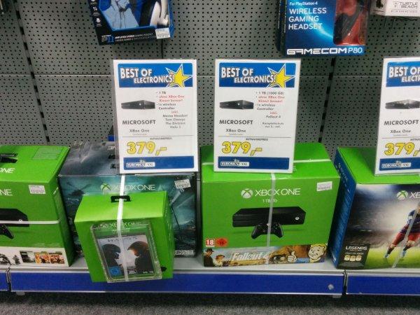 [Lokal Balingen] Xbox One 1TB / 2 Spiele / Headset / 379€