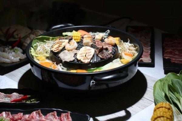 [amazon] TomYang BBQ und Hot Pot Elektro Kochgrill Ø33cm, keramikbeschichtet, Grillen und Kochen auf einem Gerät