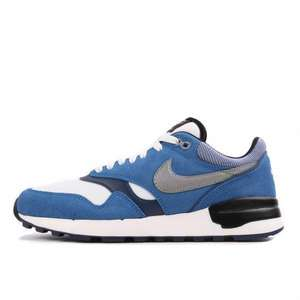 Nike Air Odyssey LTR black/hyper grape für 49,45€ @ Schuhdealer