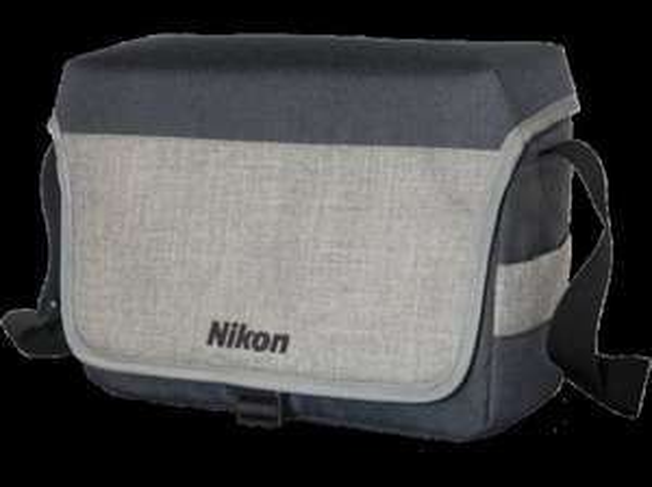 [lokal][MeMa Berlin Greifswalder] Nikon SLR Kamera Tasche CF-EU11 für 10€ blau/grau