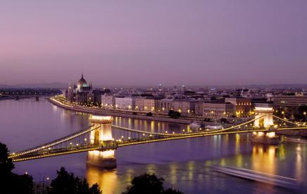 Reise: Langes Wochenende in Budapest 3 Tage Flug, Transfer und Hotel 57,- € gesamt p.P. - ab Lübeck, Baden-Baden oder Memmingen