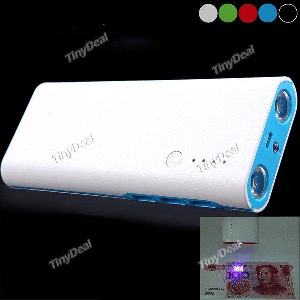 [Tinydeal] Powerbank 20.000 mAh, 3 USB Ports + UV-Taschenlampenfunktion versch. Farben für 9,72 €