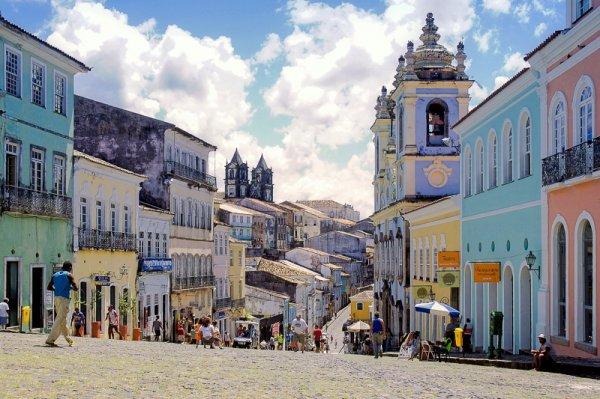 Error-Fare - Paris nach Salvador (Brasilien) ab 250€ - Mai - Dezember