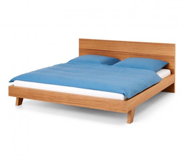[8% Qipu] Holzbett (Liegefläche ca. 180 x 200 cm) in braun für 215€ frei Haus @Tchibo Online