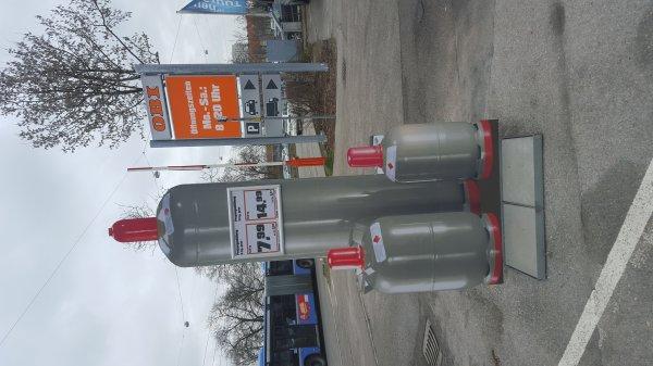 Gasfüllung 11kg für 14,99€ und 5kg für 7,99€ München Obi