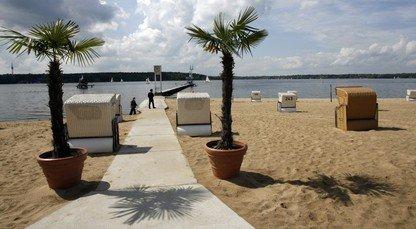 Strandbad Wannsee über Ostern (Fr; Sa, So; Mo.) mit kostenlosem Eintritt (Strandkörbe incl.) Berlin