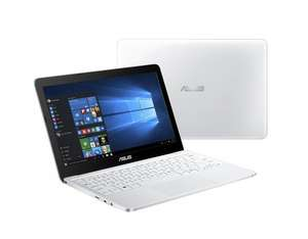 [nullprozentshop.de Neukunde] ASUS Eeebook F205TA-FD0065TS (11,6'' HD, Atom Z3735F, 2GB eMMC, 32GB, Win.10, Office 365) für 178,80€