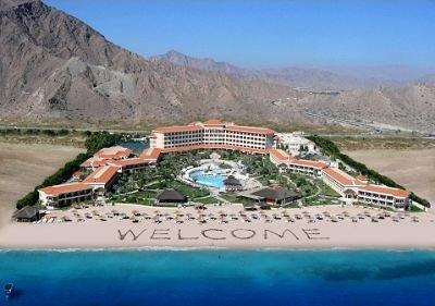 [Mai] Hin- und Rückflüge von Hannover nach Ras Al Khaimah (Vereinigte Arabische Emirate) inklusive Transfer, 7 Übernachtungen und Frühstück im 5* Hotel für 708€ für zwei Personen bzw. 354€ p.P.