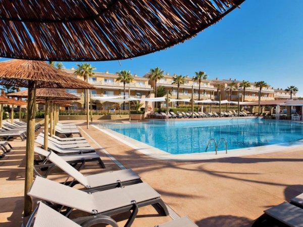 100€ Rabatt pro Person auf ausgewählte Pauschalreisen nach Mallorca bei TUI, z.B. 2 Personen, 7 Tage All-Inclusive im gut bewerteten 4* Hotel inklusive Transfer und Zug zum Flug ab Stuttgart für 290€ p.P.
