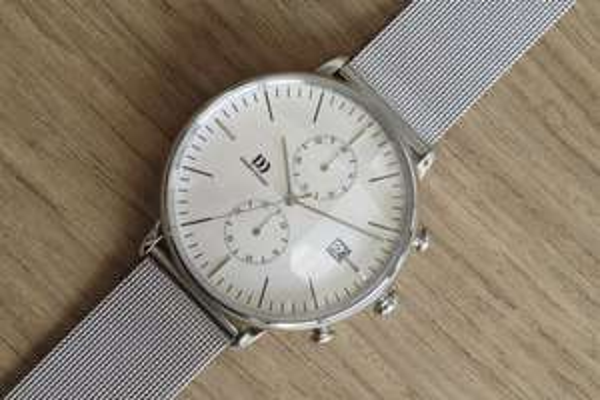 [Amazon] Danish Design Herren-Armbanduhr Analog Quarz Edelstahl IQ62Q975 Chronograph mit Milanaise Armband