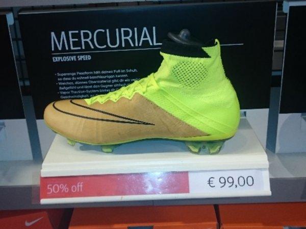 Nike Mercurial Superfly für 50 € im Wertheim Village