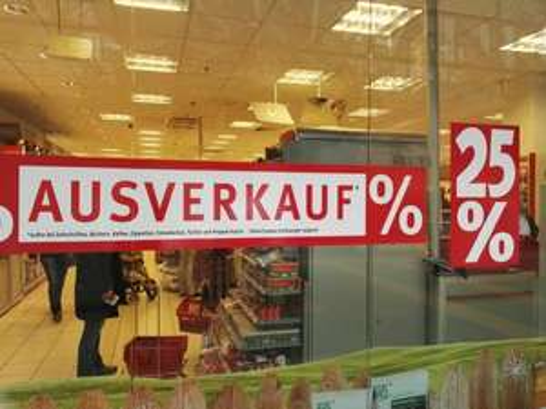 Rossmann 25% Rabatt wegen Ausverkauf für den bevorstehenden Umzug