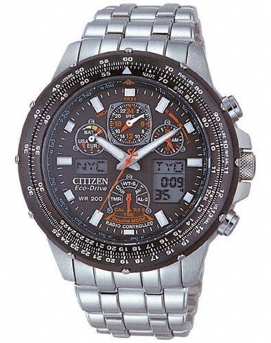 [Amazon.de] Citizen Skyhawk JY0020-64E Herren Edelstahl-Chronograph Funk/Solar mit Saphirglas für 299,51 Euro inkl. Versand