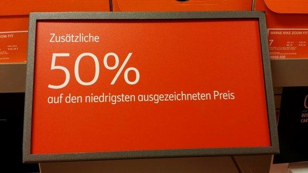 Lokal Nike Outlet Herzogenaurach: 50% Rabatt auf alle Nike Damenschuhe (ausser Tennisschuhe),