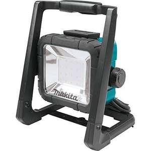 Makita LED-Baustrahler 14,4V, 18V und 230V, DEADML805 für 26,93€ @ Amazon