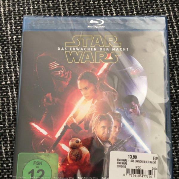 Star Wars - Das Erwachen der Macht Blu-Ray [Saturn Baunatal] early bird 13,99€