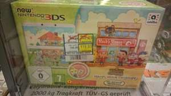 New Nintendo 3DS - Konsole, weiß + Animal Crossing Happy Home Designer + Zierblende - [3DS]