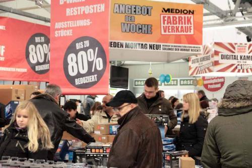 Medion Werksverkauf (lokal) Essen, gute Laptop-Angebote unter 300€