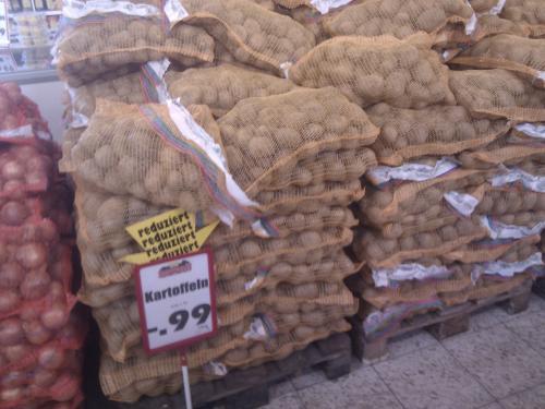 10kg Kartoffeln für 0,99€ @Jawoll (lokal Rendsburg?)