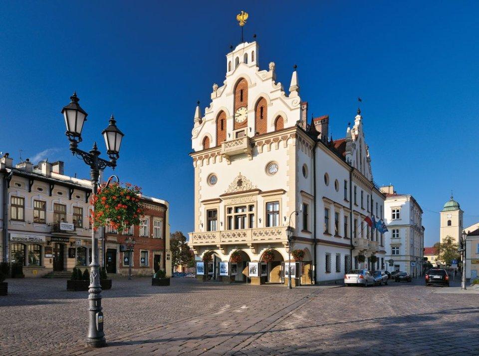 Hin- und Rückflüge von Berlin (SXF) nach Rzeszów (Polen) für zusammen 11€